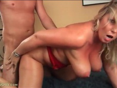 Chubby mature all sweaty in doggystyle fuck videos