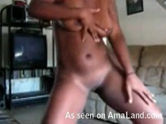 Curvy black webcam girl shakes her big ass videos