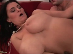 Slick shaved pussy of curvy babe fucked movies at lingerie-mania.com