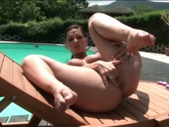 Solo finger fucking poolside with curvy chick videos
