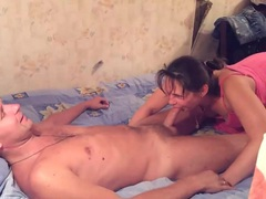 Homemade blowjob from a brunette girl movies