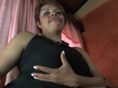 Curvy milf in fishnets shows her pussy close up videos