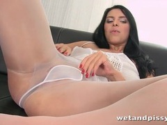 Busty kira queen pees through her pantyhose videos