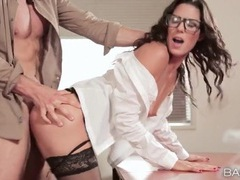 Secretary slut in stockings fucked hardcore videos