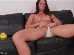 Firm and fit mom body in masturbation video videos