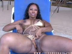 Shiny gold bikini on sexy cherokee dass videos