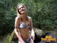 Bikini girl makes out with him and sucks dick tubes