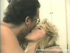 Nerdy guy kisses and eats out a vintage beauty movies at lingerie-mania.com