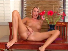 Blonde mom masturbates on her dining room table videos