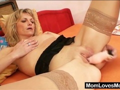 Sexy solo mature in stockings has toy sex videos