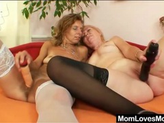 Hairy pussy lesbian matures have sex videos