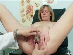 Sexy mature in the chair for gyno exam videos
