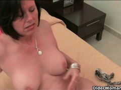 Beautiful mom with big boobs masturbates solo videos