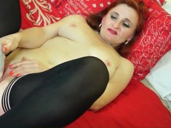 Redhead older lady loves her vibrator movies at kilopics.com