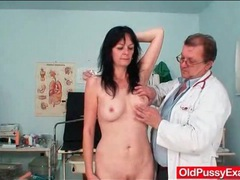 Leggy mature pussy examined with a speculum movies