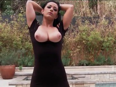 Curvy katrina jade shows tits and ass outdoors videos