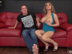 Slutty milf alyssa lynn sucks cock and balls clip