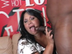 Bbw kisses and blows a horny black guy movies at kilosex.com