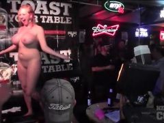 Big tits amateur chicks topless at the bar tubes
