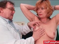 Thorough exam of her mature pussy by the doctor movies at lingerie-mania.com