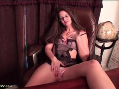 Milf secretary wears lingerie under her clothes movies at kilogirls.com