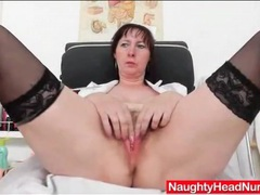 Sexy mature fucks her pussy with a speculum videos