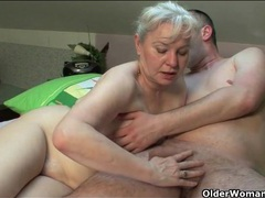 Mother in law wants his cock in her old cunt videos