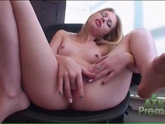 Blonde avril hall gently fingers her cunt videos