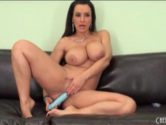 Nude curvy mom lisa ann gently toys her asshole videos
