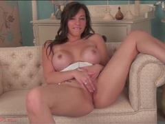 Babe with amazing big boobs masturbates solo videos