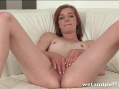 Teen redhead pulls on her pussy lips videos