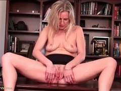 Milf masturbation session in an office chair videos