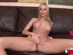 Solo aimee addison shows her banging body videos