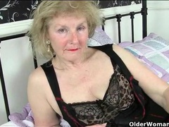 Sensual granny tease gently masturbates her cunt videos