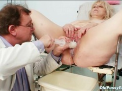 Chubby blonde babe gets a medical exam movies at lingerie-mania.com