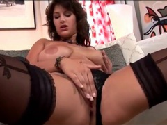 Babe with big naturals masturbates solo movies at find-best-ass.com