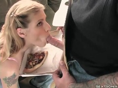 Pretty blonde blows the pizza guy with passion videos