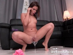 Kinky girl pours hot piss into her mouth movies