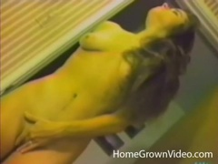 Vintage porn with a beautiful wife shaving her pussy videos