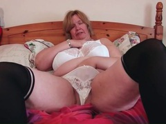 Bbw shakes her mature titties around videos