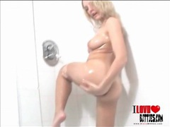 Baby oil is perfect for this sexy bikini body movies at kilovideos.com