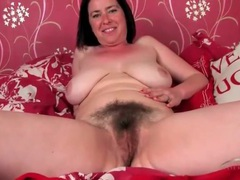 Polka dot bra and panties on a hairy milf babe movies at freekilosex.com