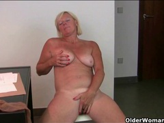Freckled mature secretary rubs her box movies at sgirls.net