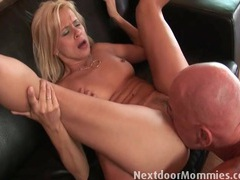 Thick old guy cock stretches a hot mommy videos