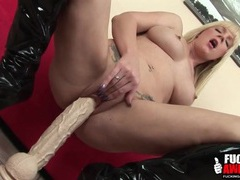 Two feet of dildo to fuck her slippery cunt movies at kilopills.com