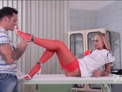 Nurse kayla green wants her feet worshipped videos