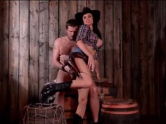 Horny cowgirl jasmine jae sits on a thick dick movies at lingerie-mania.com