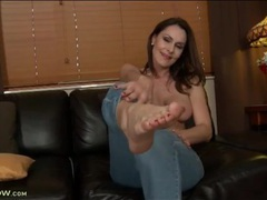 Leggy nora noir strips off her sexy jeans videos