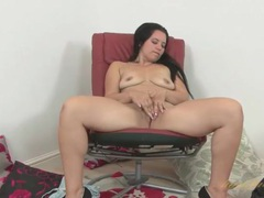 Big ass solo mom plays with her luscious cunt movies at find-best-hardcore.com