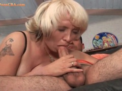 Licking a chubby milf and pounding her pussy videos